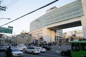 Hongik university gate